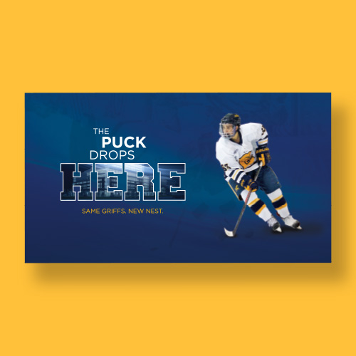 Mailer with hockey player